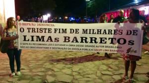 Funcionários públicos cariocas protestam antes da abertura do evento ANDRÉ DE OLIVEIRA