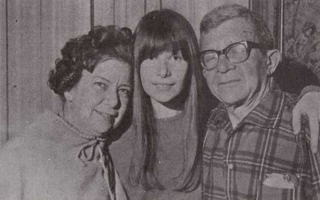 Foto 1 - Rita Lee e o pais, Chesa e Charles